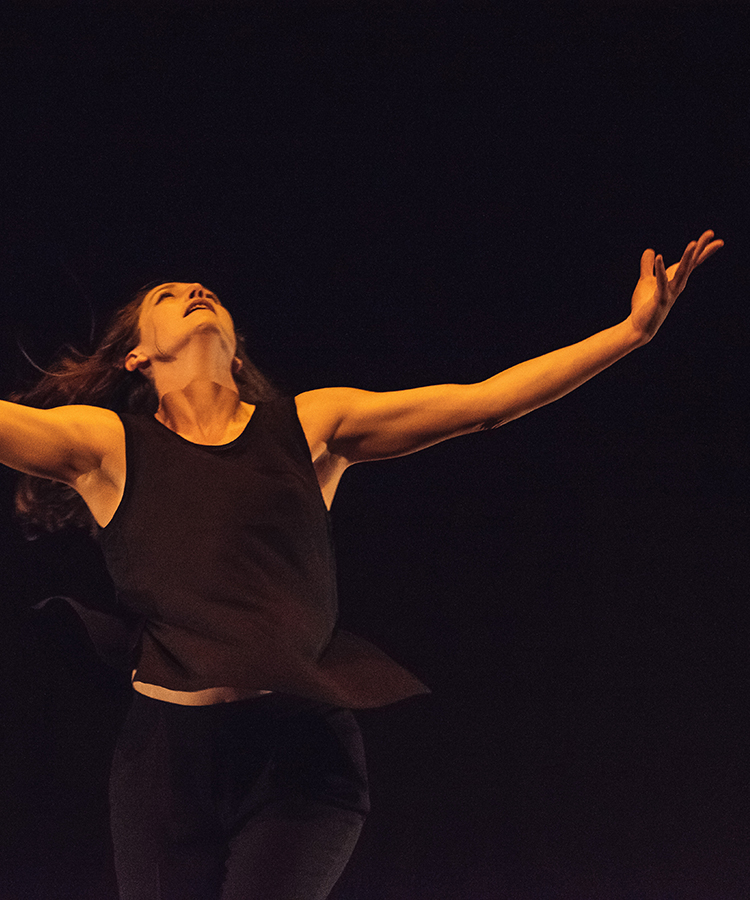 Linnea Swan - Yes, this is my Math Dance - photo by Tim Ngyuen